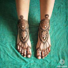 • F U L F I L L M E N T • I love what I do so much! • These henna feet reminded…