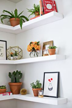 Simple and Ridiculous Tricks Can Change Your Life: Floating Shelves Decoration Tvs white floating shelves with brackets.Floating Shelf Decor Stairs white floating shelves with brackets.Floating Shelves Storage Home Office. Decor, Shelves, Interior, Floating, Home Decor, Floating Shelves Diy, Corner Shelves, Floating Shelves Living Room, Shelf Design