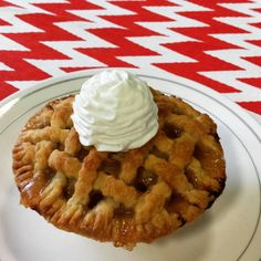Mini apple pie with whipped cream!!! #homemade #apple #pie #whippedcream #yum #goldenbrown #crust #fall #baking #torilorrainesluscioustreats