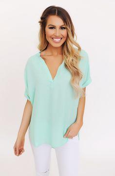 Mint Short Sleeve High-Low Blouse - Dottie Couture Boutique