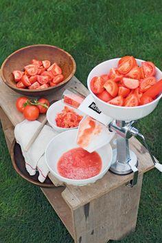 Tomato Press - Food Strainer - Tomato Sauce Maker