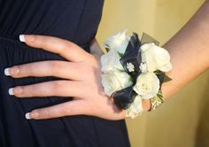 Prom Flowers | beautiful wrist corsages | white and navy corsage | Westchester New York | Bedford Village Florist