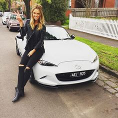 @brookehogan1 is taking the All-New #Mazda #MX5 for a spin this weekend! #LookUpMX5 #ZoomZoom #Roadster