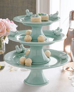 right up my alley! Three-Tiered Bluebirds Cake Stand