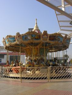 #carrusel #plaza #vespucio Plaza, Fair Grounds, Seasons, Travel, Carousel, Santiago, Trips, Voyage, Seasons Of The Year