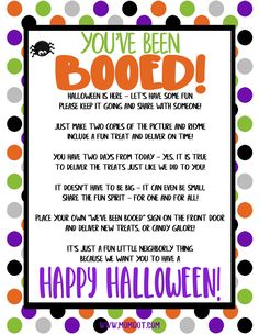 """Leave a sweet treat for neighbors and start a new Halloween tradition for you family by using this free printable """"You've Been Booed"""" sign. Halloween Games, Halloween Boo, Holidays Halloween, Halloween Treats, Happy Halloween, Halloween 2020, Halloween Decorations, You Have Been Booed, Youve Been Bood"""