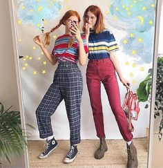 Tag your best friend ❤️🌈 Grunge Outfits, Mode Outfits, Retro Outfits, Stylish Outfits, Vintage Outfits, Vintage Fashion, 90s Fashion, Korean Fashion, Fashion Outfits