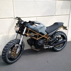 FINN – Ducati Monster 600 More