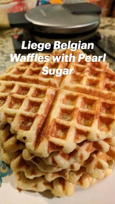 Brunch Recipes, Breakfast Recipes, Dessert Recipes, Breakfast Ideas, Cake Recipes, Desserts, Best Waffle Recipe, Waffle Iron Recipes, Yummy Eats