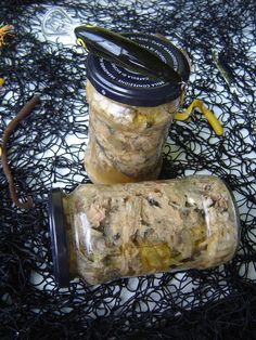 In bucatarie la Janet: Conserva de peste My Recipes, Cooking Recipes, Romanian Food, Romanian Recipes, Preserving Food, Pinterest Recipes, International Recipes, Pickles, Seafood