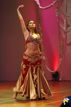 Dança do Ventre - Belly Dance   Flickr - Photo Sharing!