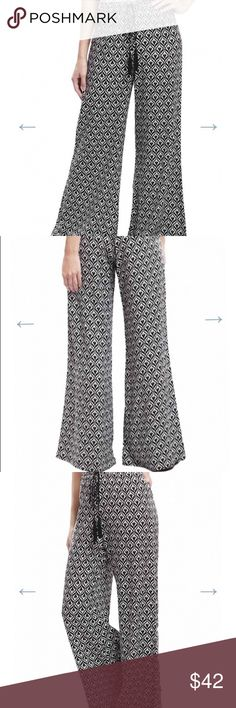 Blue Pepper Boho Chic Print Pants. Blue Pepper Black and White Tribal Print Boho Chic Pants. Elastic waistband adored with a tassel tie. Please don't purchase listing. I'll make you a separate one. Blu Pepper Pants Boot Cut & Flare