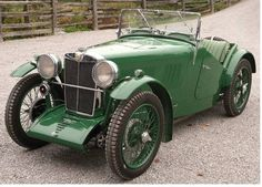 Vintage Sports Cars, British Sports Cars, Retro Cars, Vintage Racing, Vintage Cars, Vintage Room, Classic Trucks, Classic Cars, Classic Car Restoration