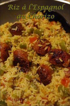 Spanish rice with Chorizo Spanish Mackeral Recipe, Mackeral Recipes, Lunch Recipes, Healthy Dinner Recipes, Cooking Recipes, Healthy Lunches For Work, Healthy Eating, Spanish Rice, How To Cook Rice