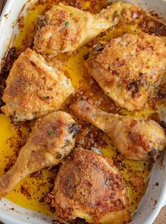 Easy Oven Fried Chicken with just five ingredients tastes like fried chicken without the deep frying with bisquick mix, butter and a few spices. Easy chicken recipes are some of the most popular re… Oven Baked Fried Chicken, Crispy Chicken Tenders, Oven Baked Chicken, Fried Chicken Recipes, Butter Chicken, Chicken Bacon, Bbq Chicken, Grilled Chicken, Homemade Dinner Rolls
