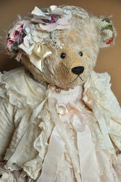 Les mondes meilleurs Make-up Artist Teddy Bear