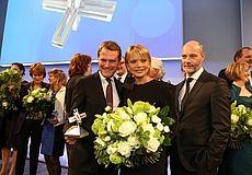 Die Auszeichnung wurde ihm im Verlauf einer Gala-Veranstaltung am 14. April 2013 in Berlin überreicht. Der Preis wird für richtungsweisende Maßnahmen im Bereich der Darmkrebsvorsorge verliehen.