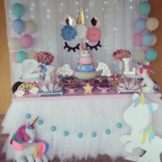 Birthday table for candy lover Birthday Table, Tea Party Birthday, Unicorn Birthday Parties, Baby Party, Unicorn Party, Girl Birthday Decorations, Baby Shower Decorations, Pony Cake, Unicorn Baby Shower