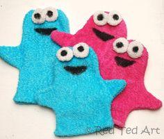 Old towels? Make cookie monsters!