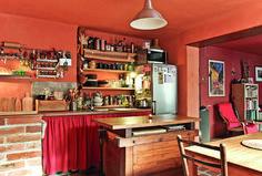 Jakou dát podobu kuchyni? | Chatař Chalupář Liquor Cabinet, Police, Storage, Furniture, Home Decor, Purse Storage, Decoration Home, Room Decor, Larger