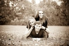 photos  Alicia, Sara & Alan   Brother & Sisters Photo Shoot
