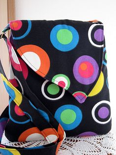 Love the closure on this cutsie tech bag!!!  iPad Kindle Ereader CasePurse  Messenger Bag by Antiquebasketlady, $35.00
