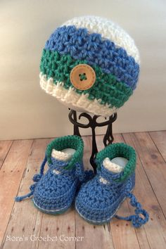 Crochet Baby Boy Hat Beanie and Shoes Boots por NorasCrochetCorner