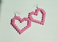Pendientes de corazón de caramelo raya rosa por AkikoJennDesigns