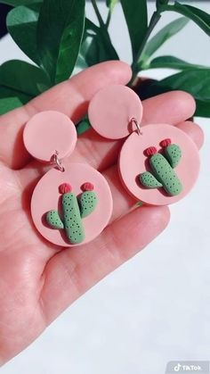 Polymer Clay Projects, Polymer Clay Charms, Cute Polymer Clay, Polymer Clay Creations, Handmade Polymer Clay, Polymer Clay Jewelry, Clay Crafts, Polymer Clay Beads, Diy Clay Earrings