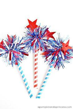 "Patriotic DIY Confetti Tinsel ""Firecrackers"" for of July 4th July Crafts, Fourth Of July Crafts For Kids, Fourth Of July Decor, 4th Of July Celebration, 4th Of July Decorations, Patriotic Crafts, 4th Of July Party, July 4th, Birthday Decorations"