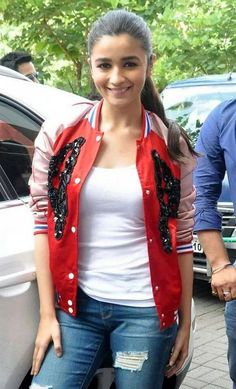 Alia Bhatt Wallpapers and Photos   Diply