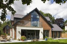 Extension with balcony folding doors