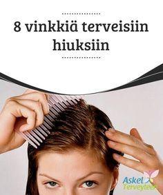 8 vinkkiä terveisiin hiuksiin Selvittääksesi #takkuiset hiukset voit lisätä tipan kookos- tai #jojobaöljyä #takkuihin ja antaa sen imeytyä muutaman minuutin ajan. Kampaa sitten hiukset auki. #Kauneus