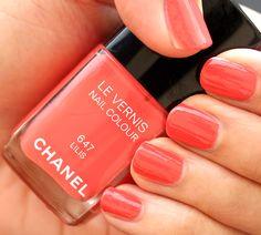 Chanel Lilis Le Vernis Nail Colour