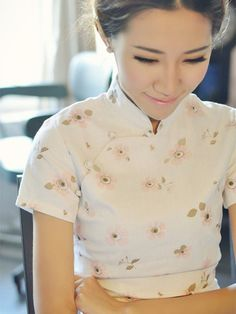 White Floral Short Linen Qipao / Cheongsam / Chinese Dress