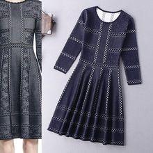 De lujo de Nueva Marca de Diseño de Moda Vestido de Suéter 2015 Mujeres del Otoño Ahueca Hacia Fuera Los Patrones Vestido de Punto 3/4 de La Manga Longitud de La Rodilla Caliente(China (Mainland))