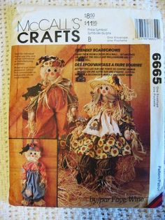 """Friendly Scarecrow Faye Wine pattern wall hanging 27/"""" greeter doll oop"""