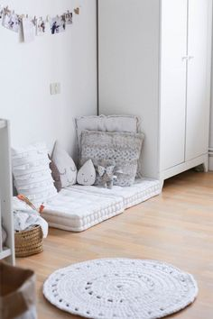 Awesome Deco Chambre Znfant that you must know, You?re in good company if you?re looking for Deco Chambre Znfant Baby Bedroom, Girls Bedroom, Bedroom Decor, Bedroom Wall, Bedrooms, Bedroom Lighting, Bedroom Apartment, Apartment Therapy, Bedroom Ideas