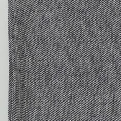 These long-lasting linen kitchen towels will only get softer and more absorbent with each wash. A nifty cotton loop allows for easy hang-dry. W 45cm x L 65cm 17