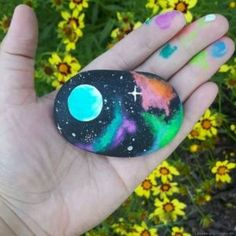 Painting, pebble art, rock painting ideas for kids, galaxy projects, galaxy c Rock Painting Ideas Easy, Rock Painting Designs, Painting For Kids, Paint Designs, Pebble Painting, Pebble Art, Stone Painting, Heart Painting, Stone Crafts