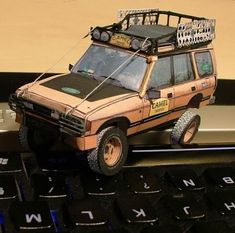 Land Rover Disco Camel Trophy Paper Models - by Jeanma #LandRover #Discovery