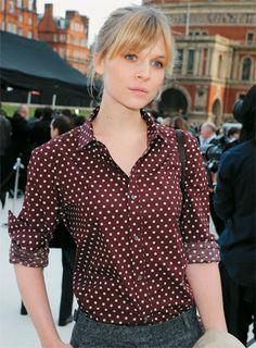 Camisa de seda - Clémence Poésy   Foto: Getty