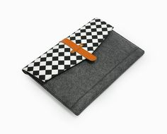 20%OFF Black and White Grid Macbook Case Felt 111315 by LOIOL