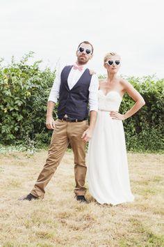 Reportage Mariage {Camille & Rodolphe} découvrez le joli mariage champêtre et très romantique de Camille et Rodolphe. Décoration mariage champêtre, home made