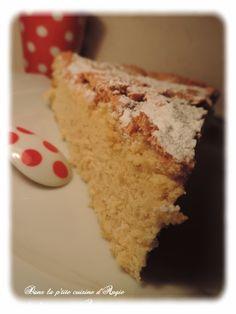 Coucou ! Aujourd'hui je vous présente un Gâteau qui a été adoré, dévoré et redemandé ! il s'agit du Biscuit de Savoie! Quel bonheur ce gâteau !!!! un vrai nuage en bouche ! Pour vous régaler à votre tour, il vous faudra : - 6 oeufs - 200g de sucre - 90g...
