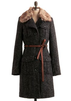 Cute faux leater tie &fur on this navy/white tweed coat
