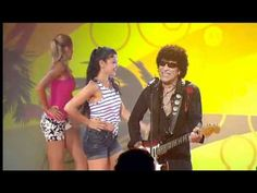 Mungo Jerry - In the summertime 2011 Those dancers was vitamin in 70's