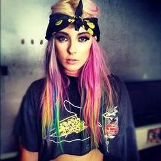 DIY Halloween Hair: DIY Halloween Hairstyles : pink-hair-chalk