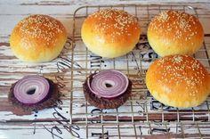 Bögrés hamburger zsemle dagasztás nélkül Bread Rolls, Bread Recipes, Oreo, Bakery, Recipies, Food And Drink, Meals, Cooking, Muffin