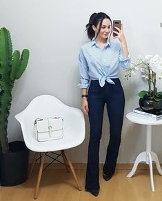 office outfits for young professionals Office Outfits For Ladies, Business Outfits Women, Office Attire, Looks Chic, Looks Style, Casual Looks, Look Office, Office Looks, Happy Hour Outfit
